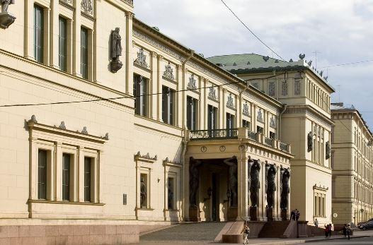 Новый Эрмитаж в Санкт-Петербурге